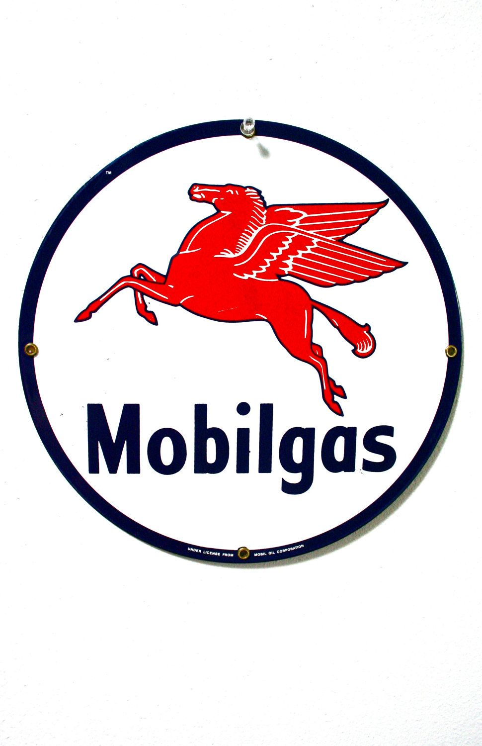 Mobil Pegasus With Images Old Gas Stations Vintage Signs