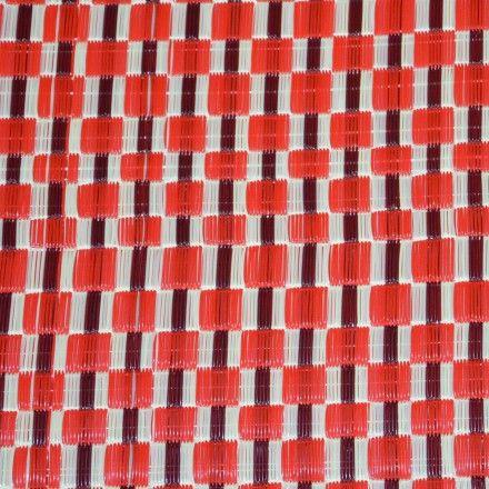 natte africaine plastique damier rouge bordeaux cr me deco pinterest natte africaine. Black Bedroom Furniture Sets. Home Design Ideas