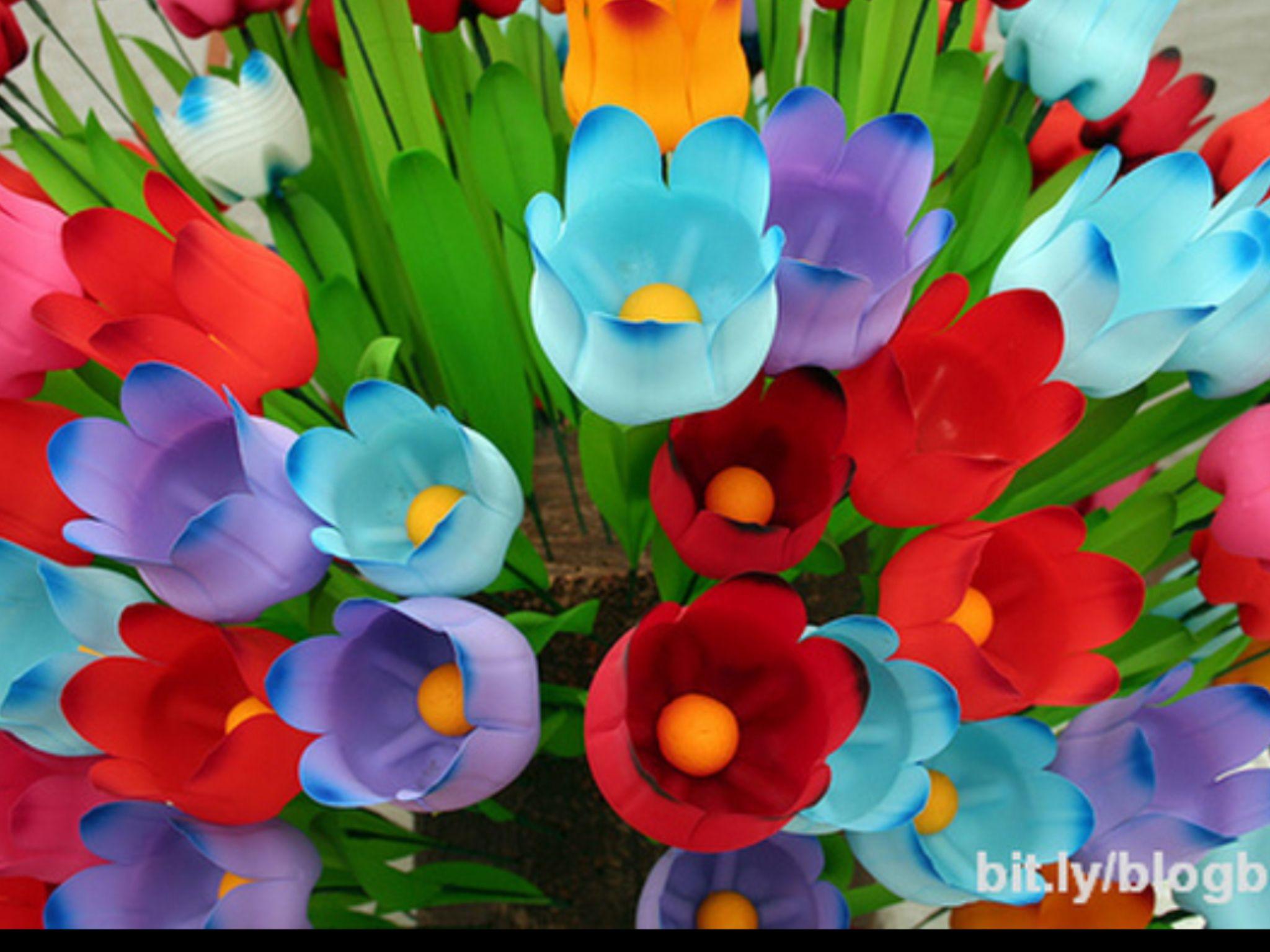 Recycled Plastic Bottles Make Pretty Flower Bouquet Blog