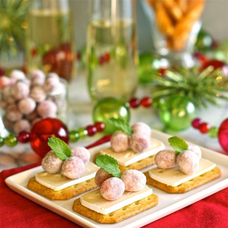Finger Food Natale.Finger Food Natale Creckers Con Formaggio Brie E Piccole