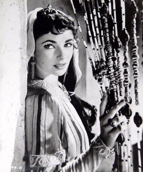 "Elizabeth Taylor in ""Ivanhoe"""
