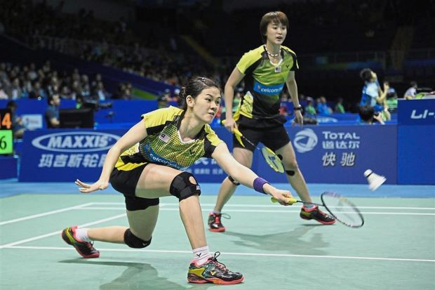 Main Priority Woon Khe Wei Left And Vivian Hoo Aim To Reach Their First Ever Semi Finals Of A Superseries Event This Year Vivian Badminton Semi Final