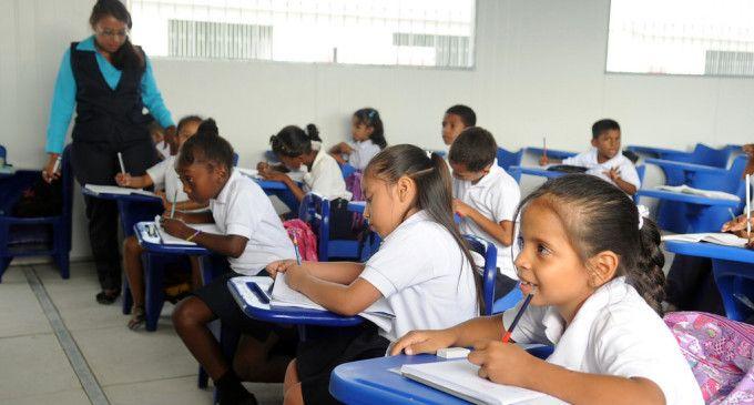 Ecuador gana premio internacional de alfabetización de la Unesco