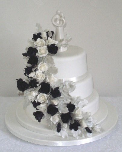 white and silver wedding cake black white and silver wedding cake tying the knot 27226