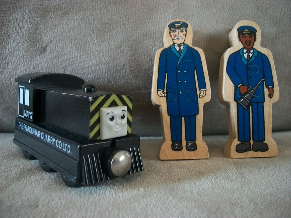 Thomas The Train Mavis 2 Wooden People Conductor Oil Man Nice