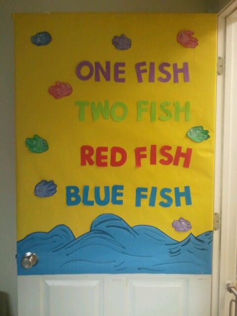 Dr. Seuss One Fish Two Fish Red Fish Blue Fish bulletin ...