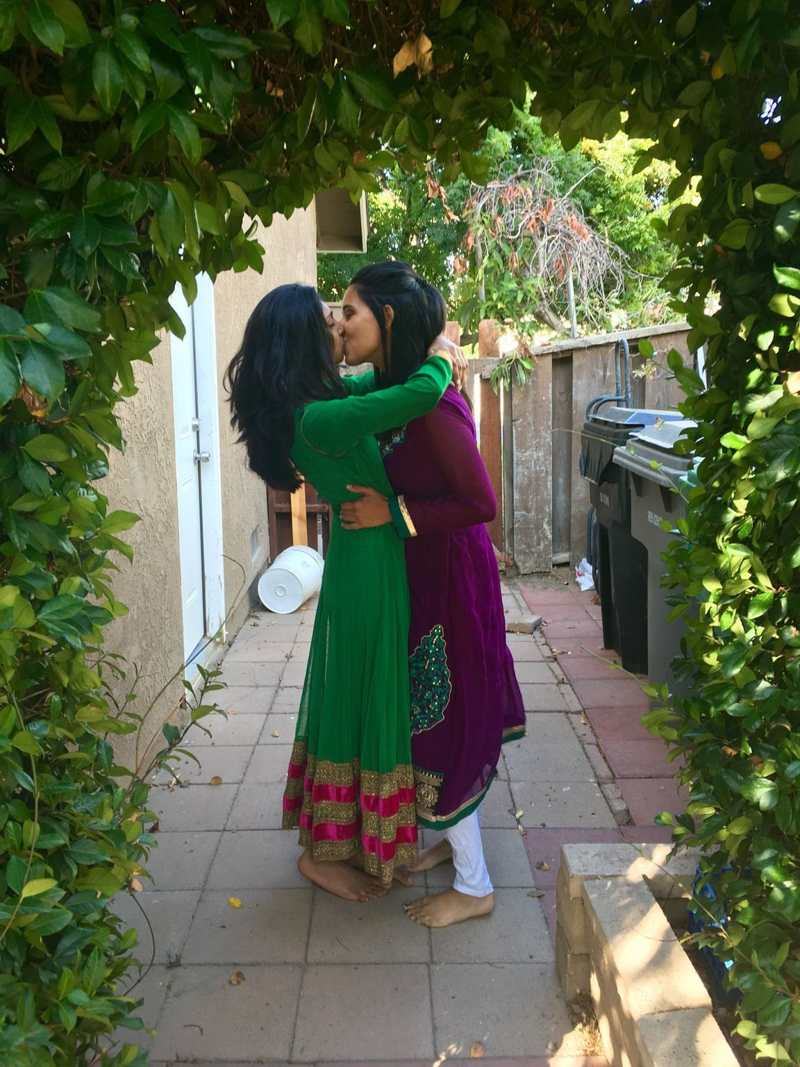Two Pakistani Girls Kissing  Goals  Lesbian Love -5794