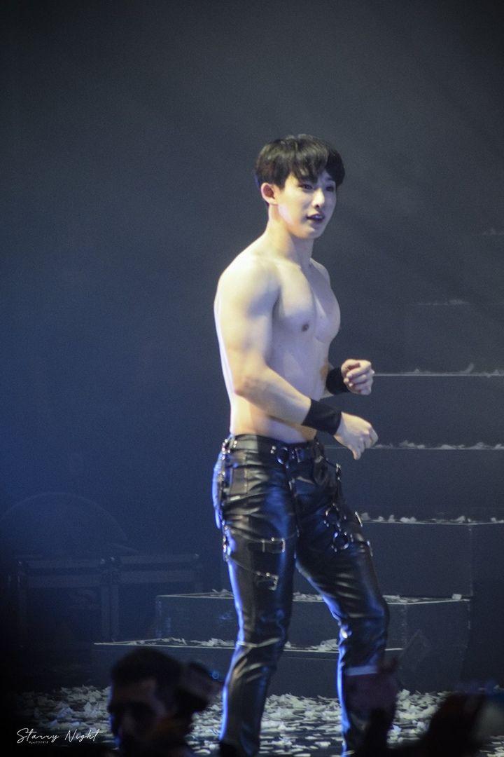Wonho Hoseok Monstax Monsta X Abs Boys Wonho Abs