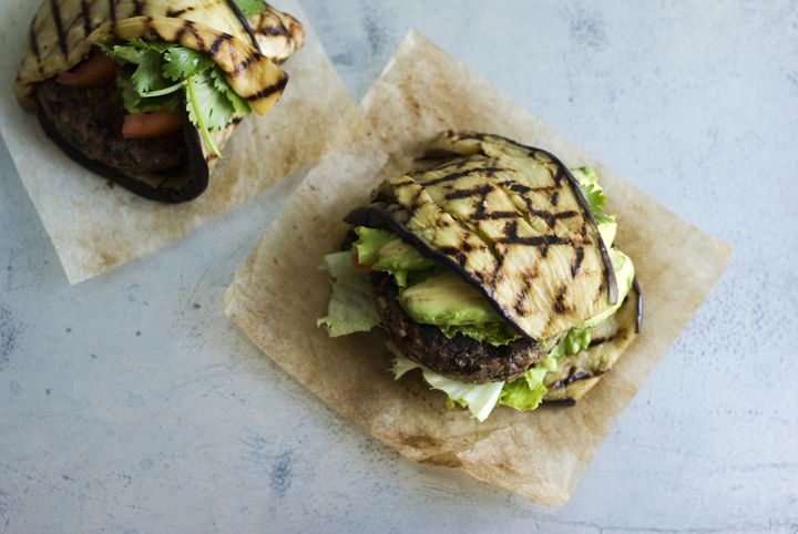 Black Bean and Pepper Burgers  #glutenfree, #lowcarb, #veggieburgers