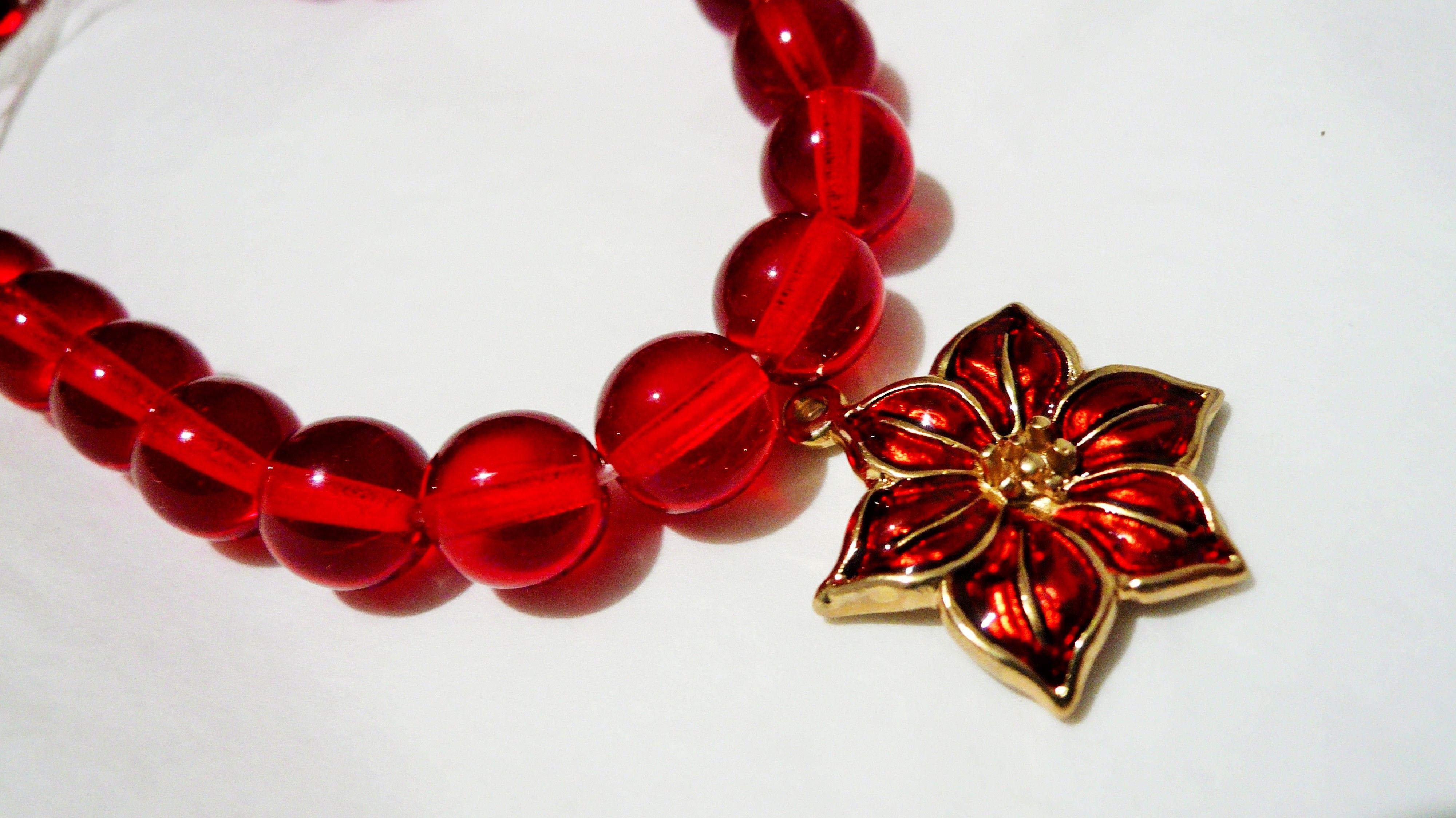 2e8825a6b26f Pulsera Navideña Cristal checo rojo Dije de nochebuena