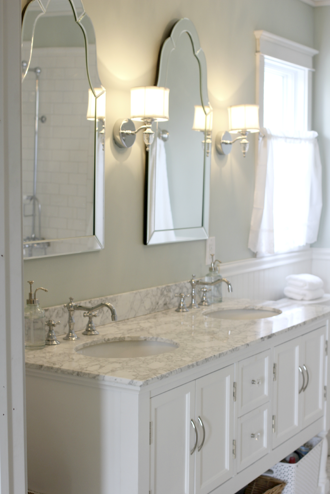 Sinks With Venetian Mirrors And Pretty Sconces
