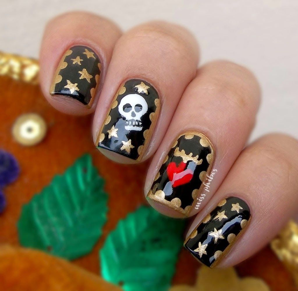 Día de los muertos nail art | Party ideas. | Pinterest