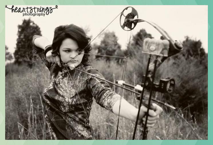 hunting senior picture ideas   comoto girl senior camo h