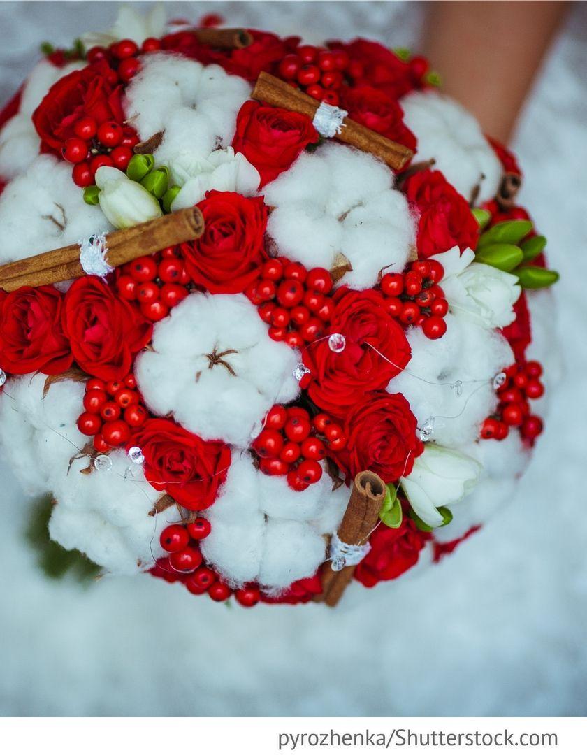 Brautstrau rot wei im Winter fr Hochzeiten