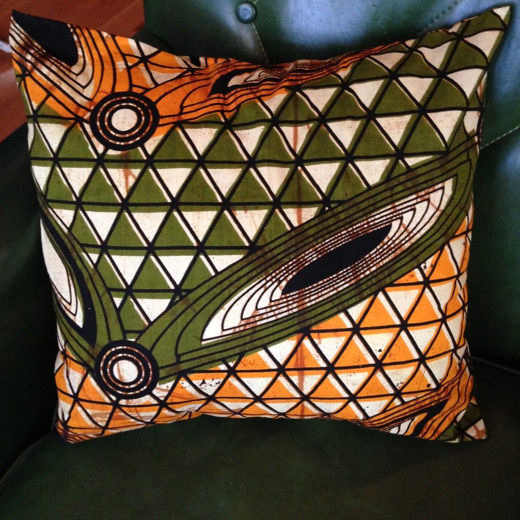 Love this Tribal Pillow. Perfect pillow to throw into the mix...