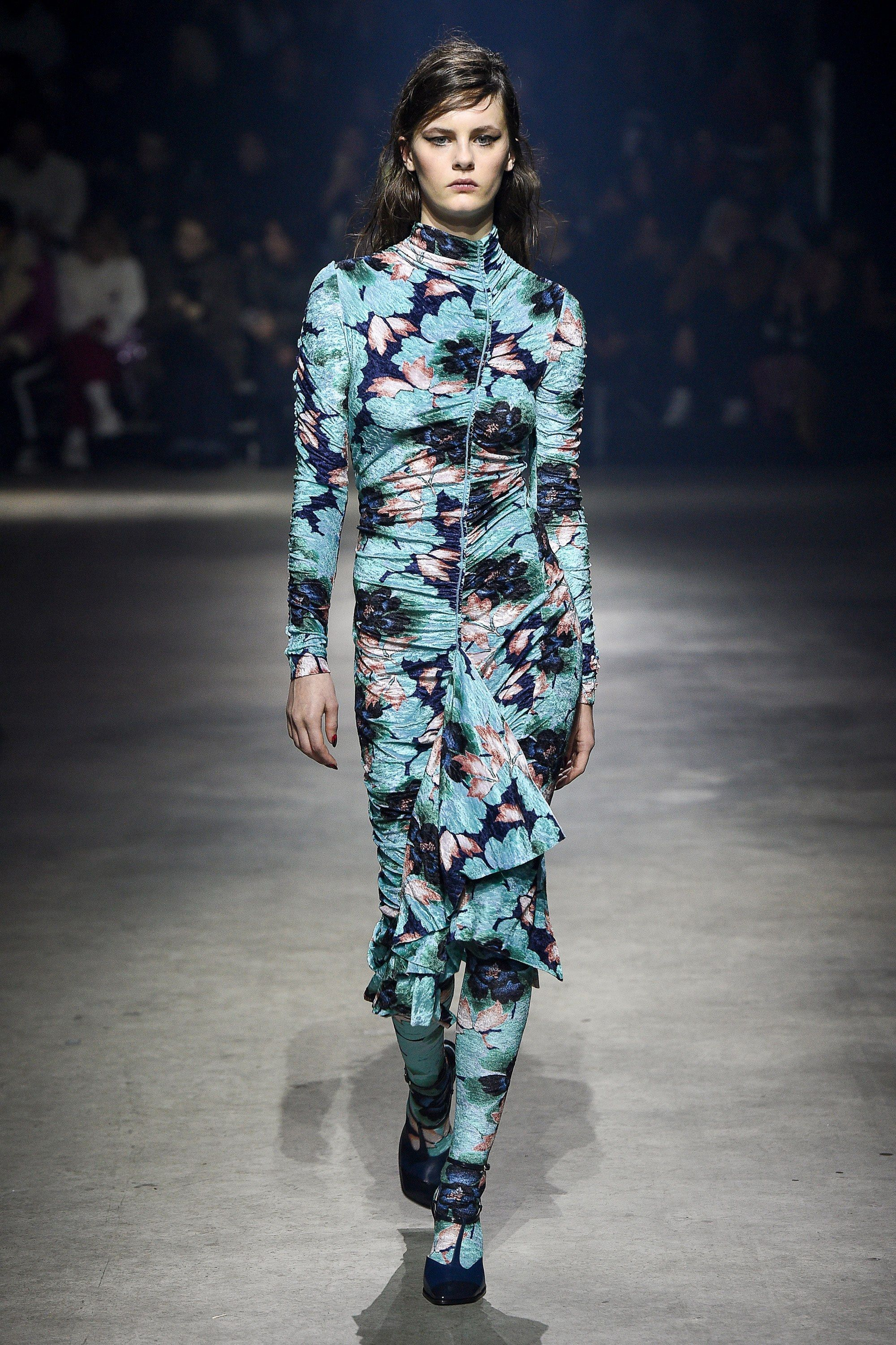 639172454 Kenzo Fall 2018 Ready-to-Wear Fashion Show | 2018 Fall RTW ...