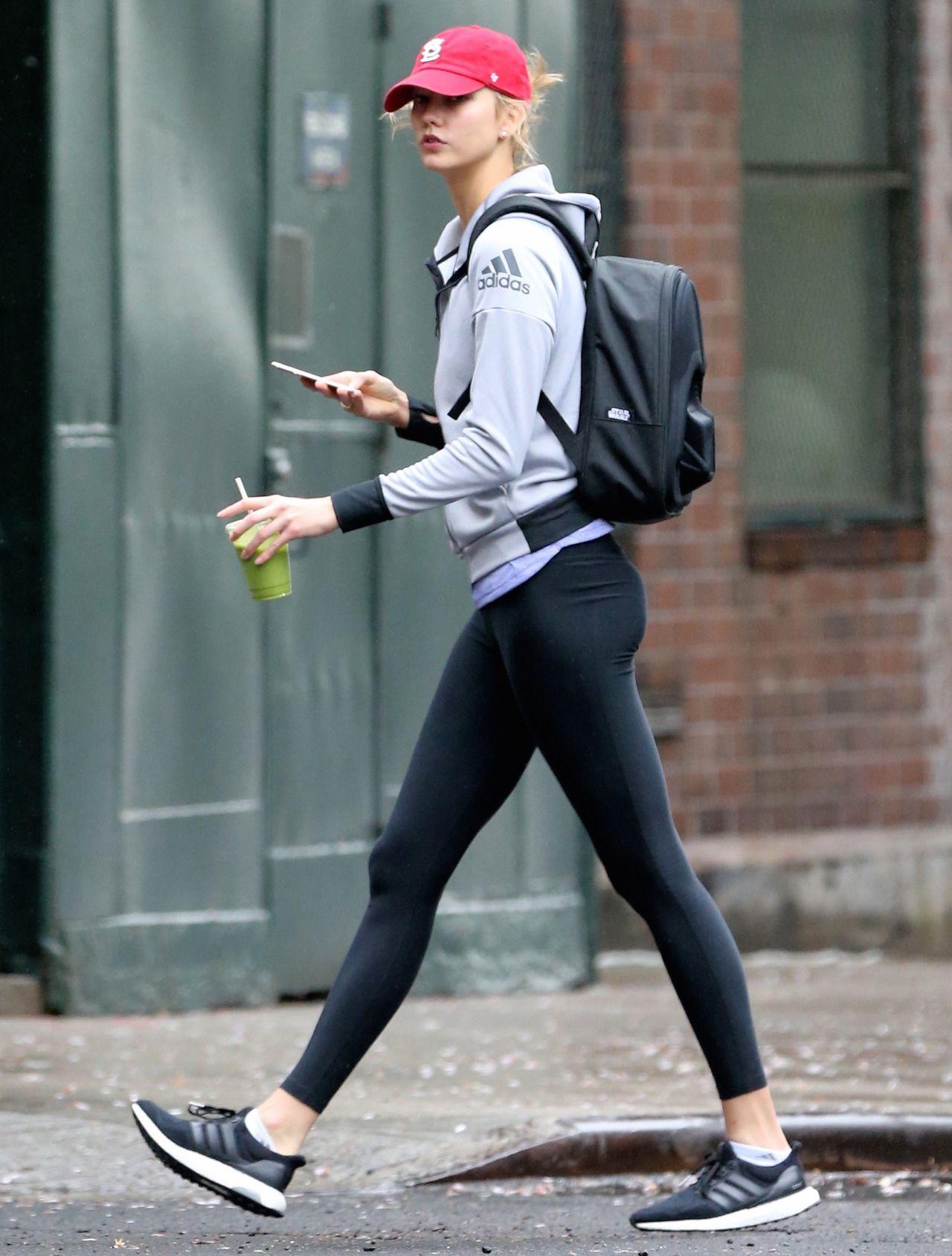 8831a4b2ed13a Sunshine Karlie Kloss : Photo | Athleisure | Fashion, Karlie ...