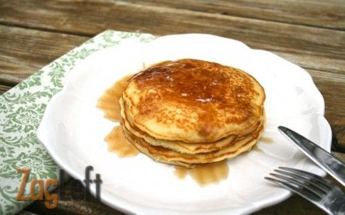 Homemade Instant Pancake Mix from Zagleft http://www.zagleft.com/food/homemade-instant-pancake-mix/