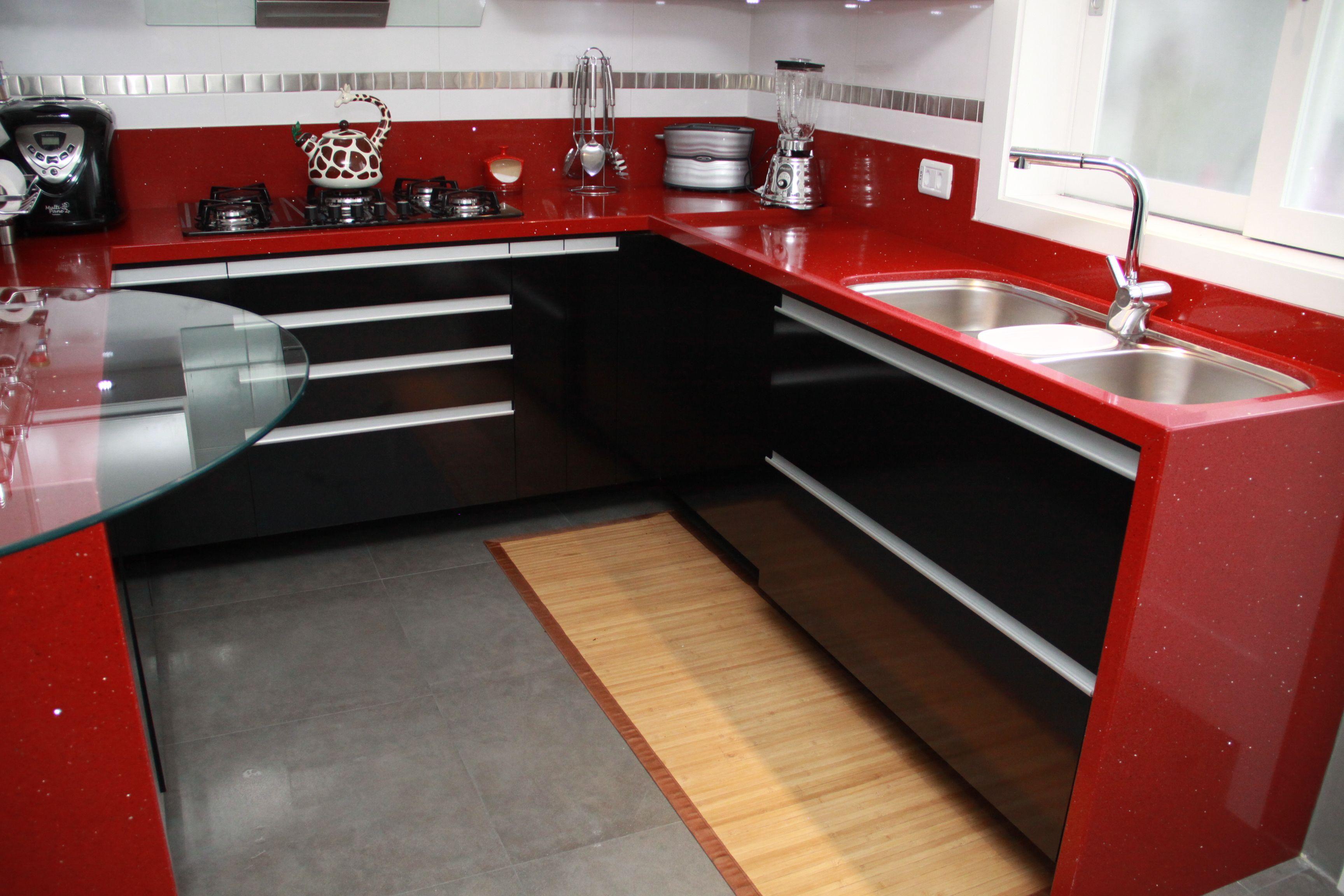 #7F1F19 cozinha com tampo de silestone vermelho. Meus projetos Pinterest 3456x2304 px Projetos De Cozinhas Com Silestone #479 imagens