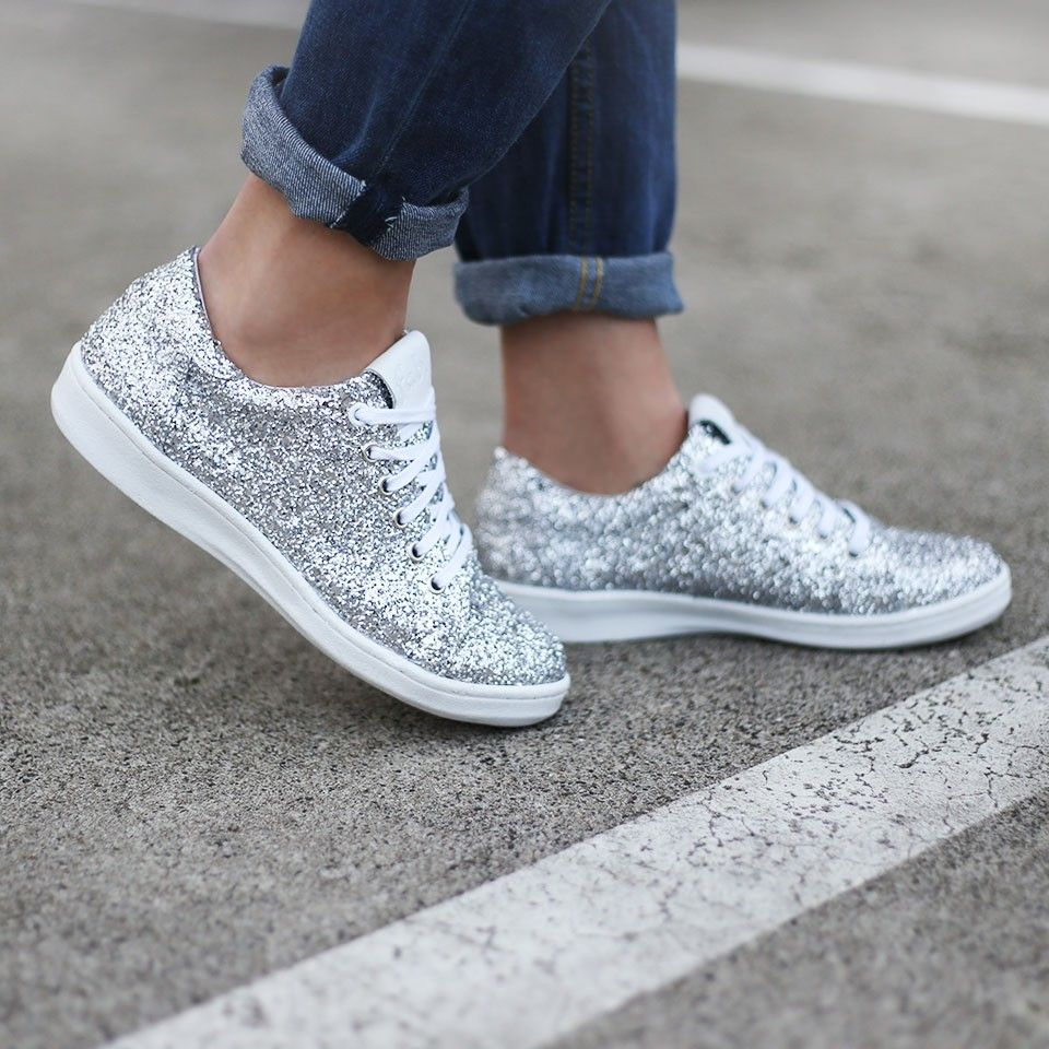 Glitter kicks chucks in pinterest shoes sneakers and fashion