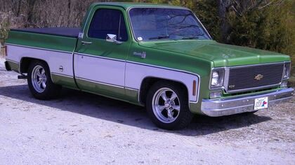 1975 Chevy Truck With Images Chevy Chevy Trucks C10 Chevy Truck