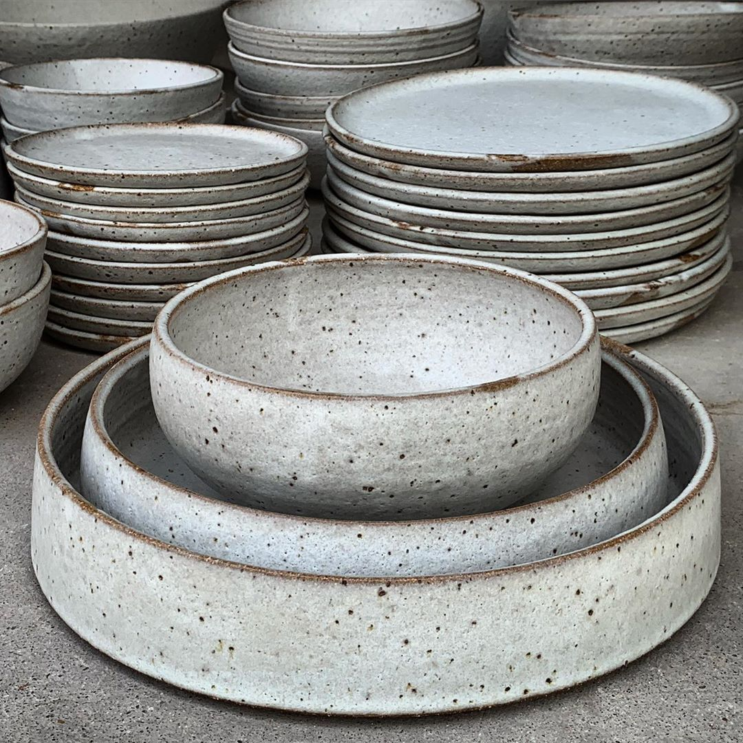 Lisa Russell On Instagram Chalky White Dinner Set It Still Surprises Me That This Starts As Mud In A Bag Ceramic Cafe Ceramic Dinner Set Ceramic Tableware