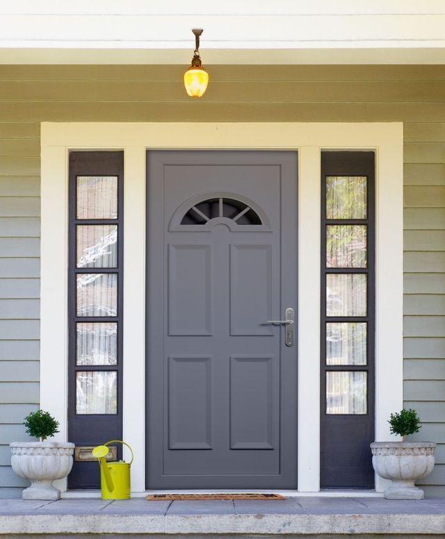 Repeindre une porte d 39 entr e pvc repeindre c t maison - Repeindre des volets lasures ...