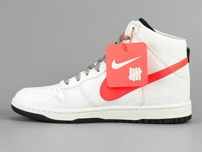 low priced c67e1 3fdf3 Nike Zoom SB Dunk High Tops White Red Shoe Dunk For Sale Big Boys Youth