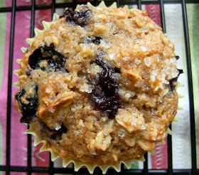 My Retro Kitchen: Oatmeal Blueberry Applesauce Muffins