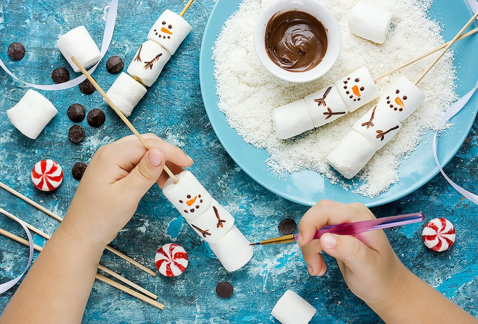 45 Snow Day Boredom Busters for Kids - Mommy Poppins