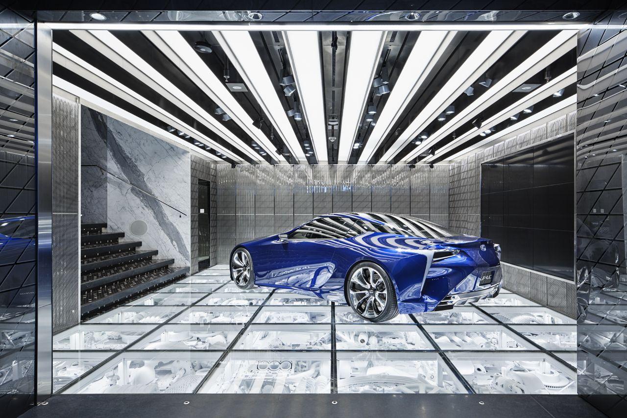 intersect by lexus dubai wonderwall car showroom. Black Bedroom Furniture Sets. Home Design Ideas