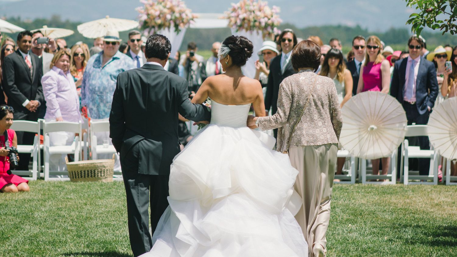 The Best Processional Songs for You and Your Wedding Party