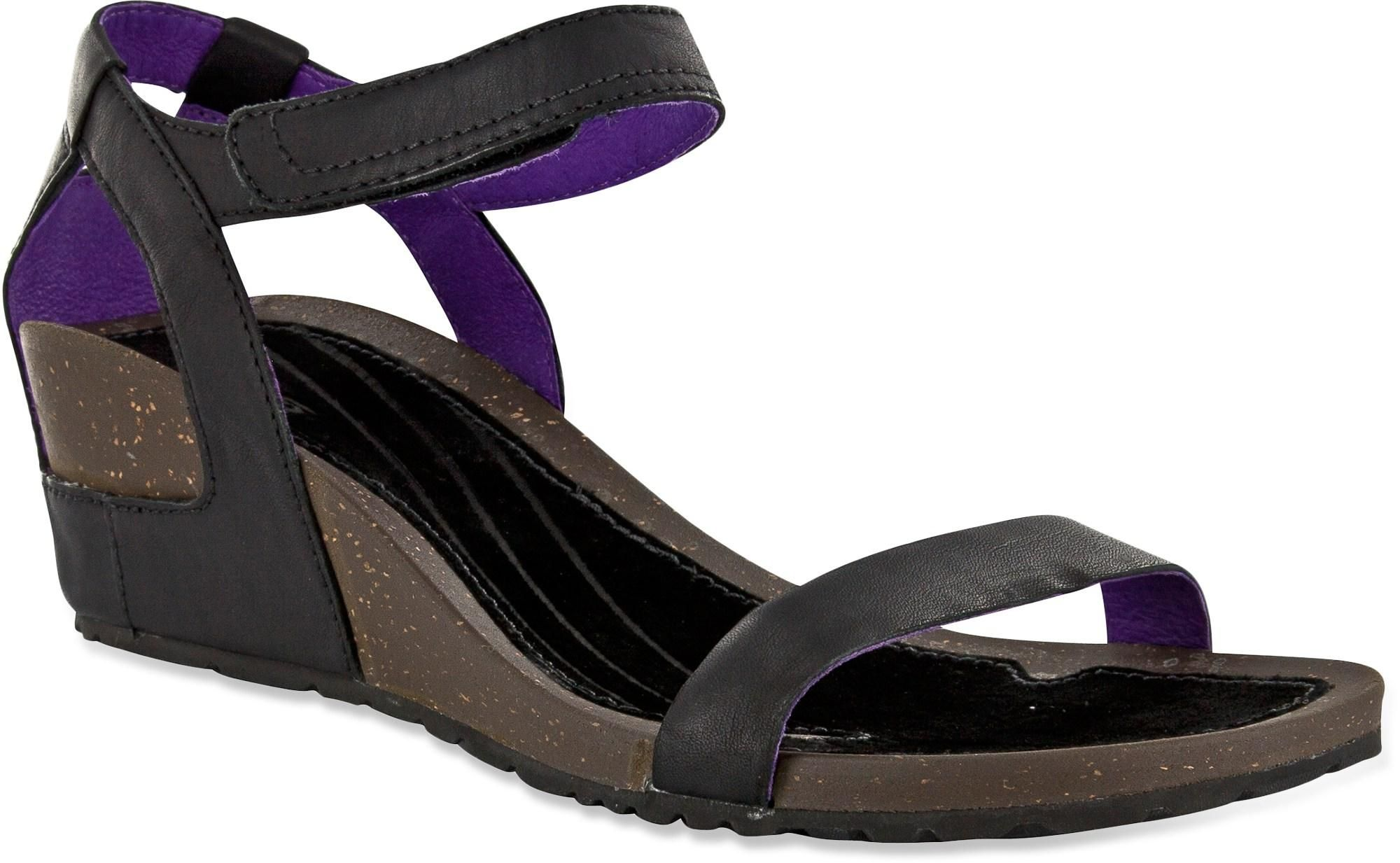 e374a0f4024063 Teva Cabrillo Strap Wedge Leather sandals offer a classic