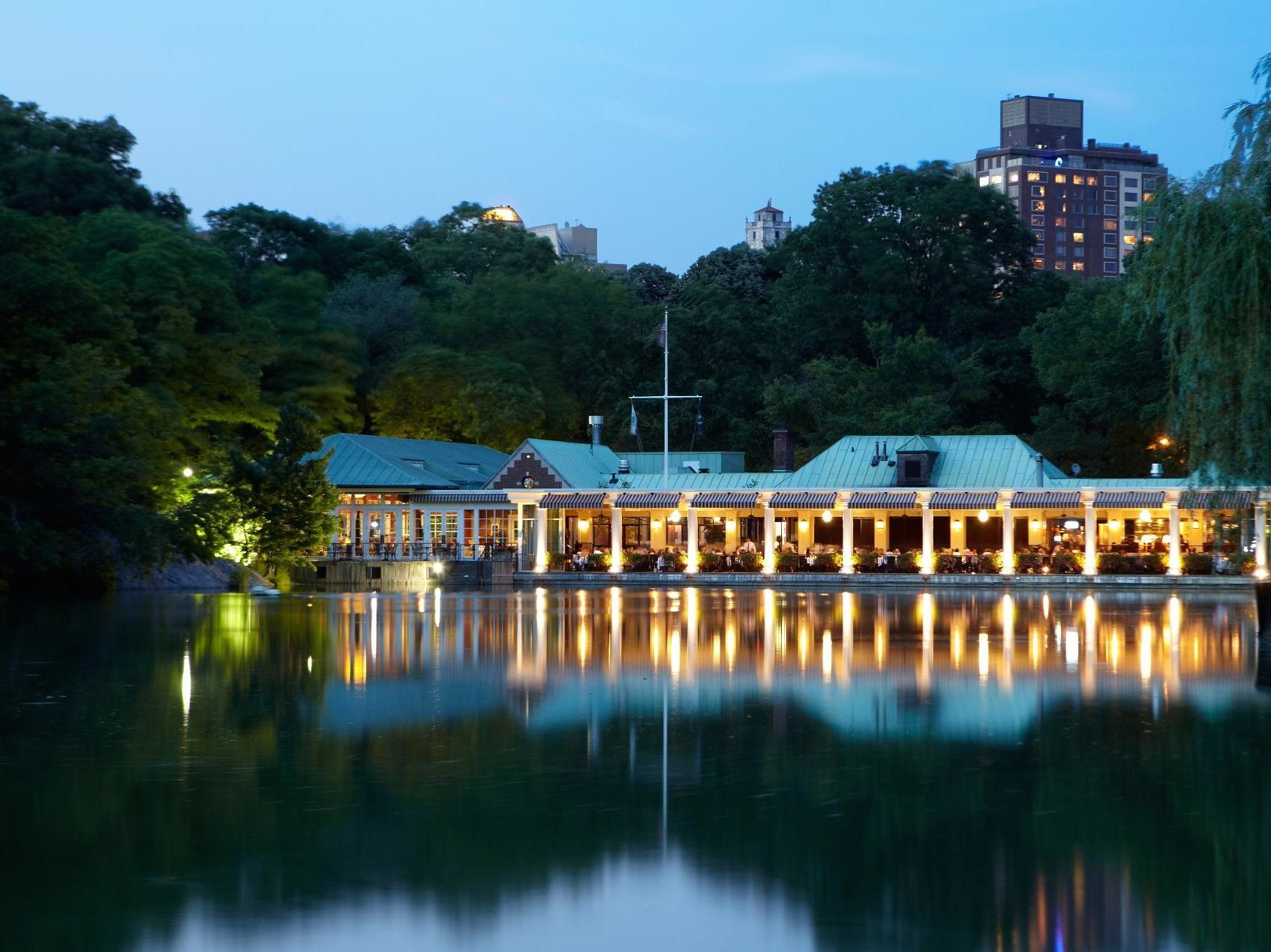 The Definitive Sex And The City Guide To New York Boathouse - Central park on east 72nd street