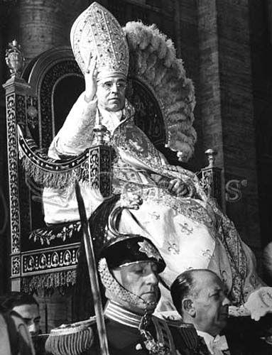 Pope Pius Xii In The Sedia Gestatoria He Wears A Tall Jeweled