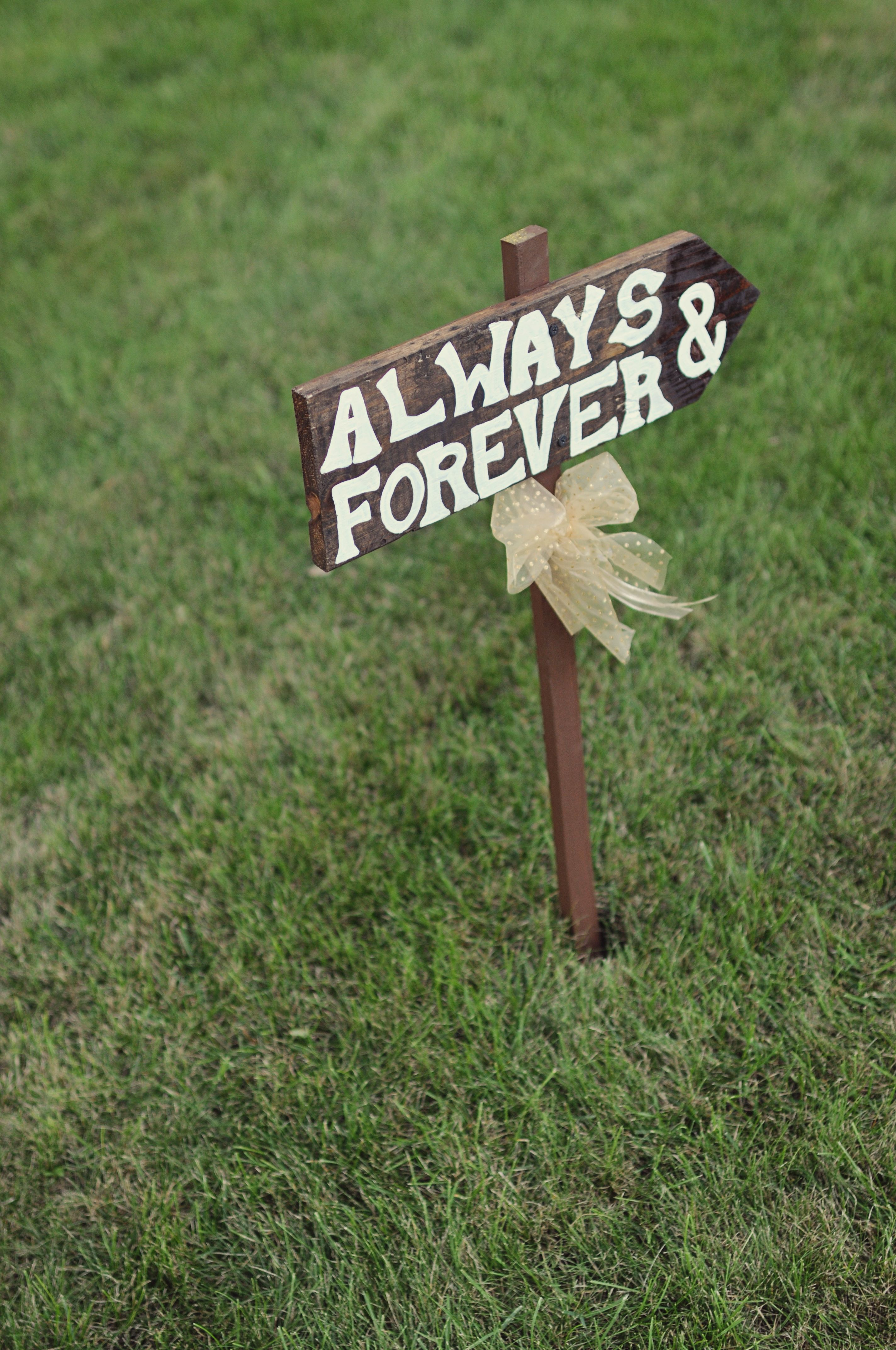 In memory of family wedding sign we know you by signstoliveby - Pallet Wedding Signs