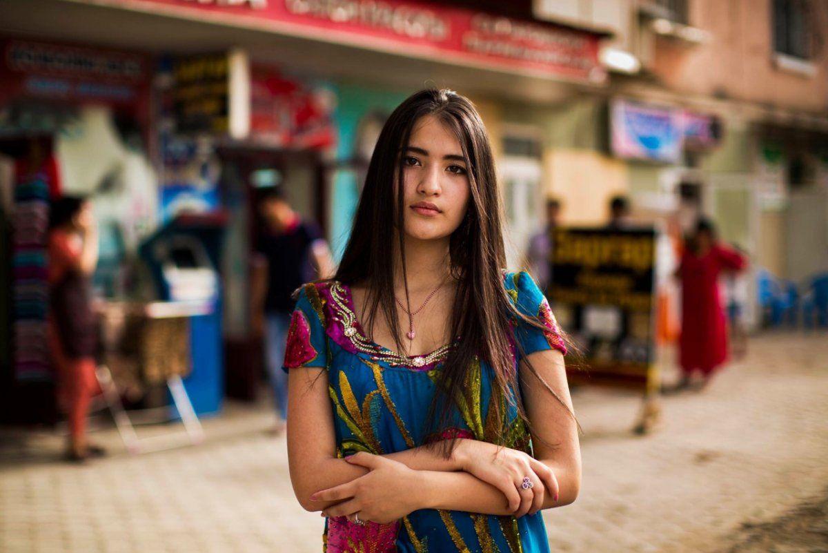 девушка по визы таджичка каждым ударом