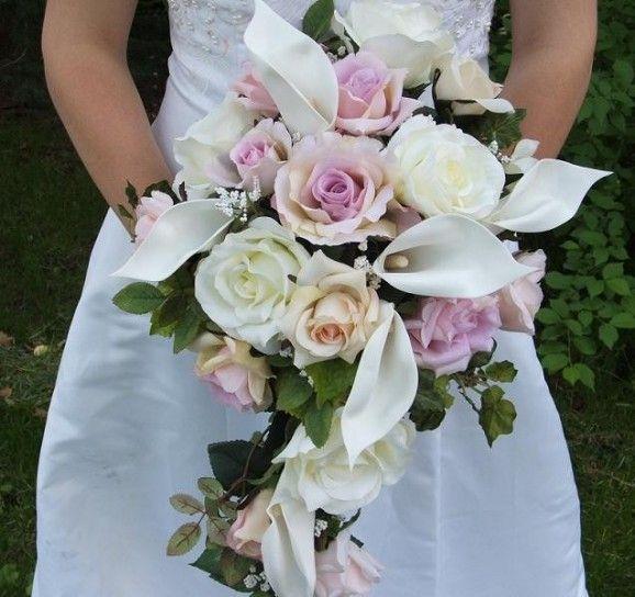 Bouquet Sposa Rose E Calle.Calle E Rose Rosa Bouquets Rose Bouquet Cascading
