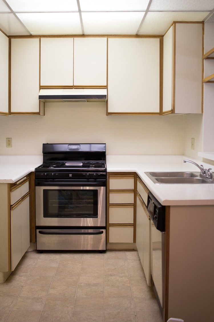 Old Apartment Kitchen Cabinets - Anipinan Kitchen