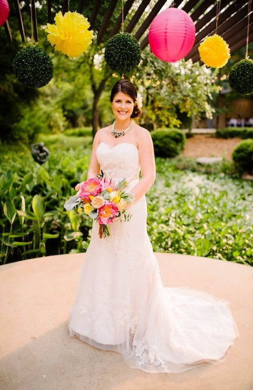 Lindsey + Randy | The Bride | Bridal Bouquet | Bridal Gown | Posey ...
