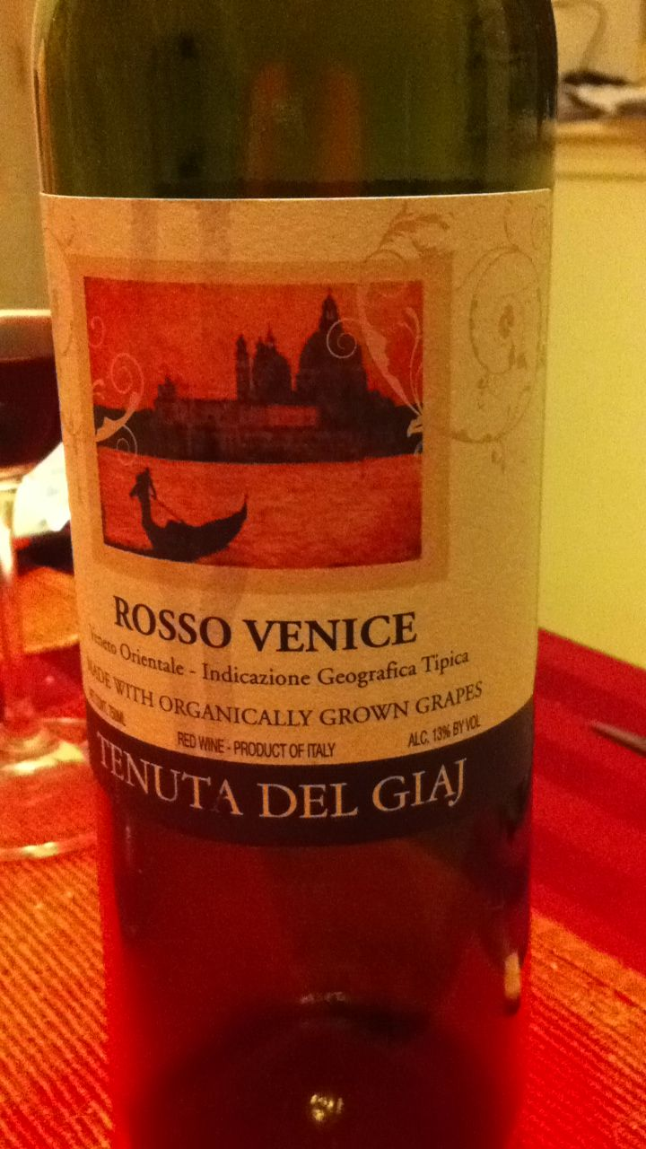 Rosso Venice Red Wine From Venice Italy Very Good For 12 At Whole Foods Wine Bottle Red Wine Rose Wine Bottle