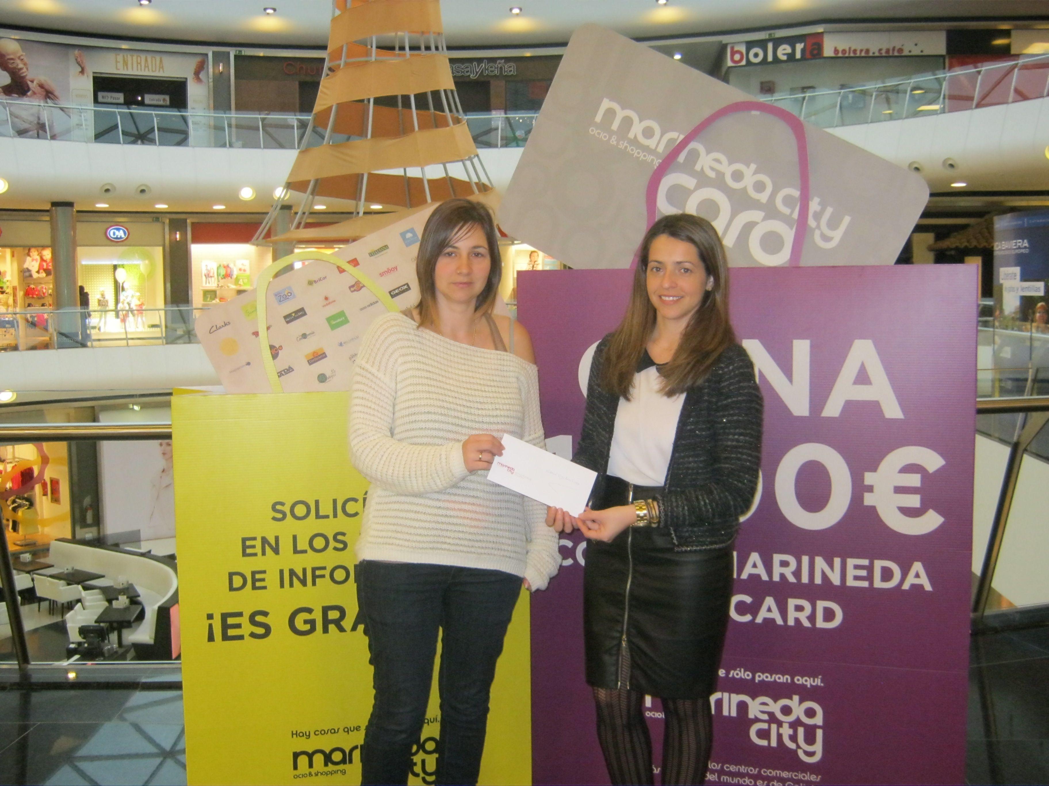 Pertenece Recoger hojas contaminación  Repartimos 100€ cada mes con la Marineda City Card #LoMejorde2013  #MarinedaCity | Evento deportivo, Concursos, Eventos