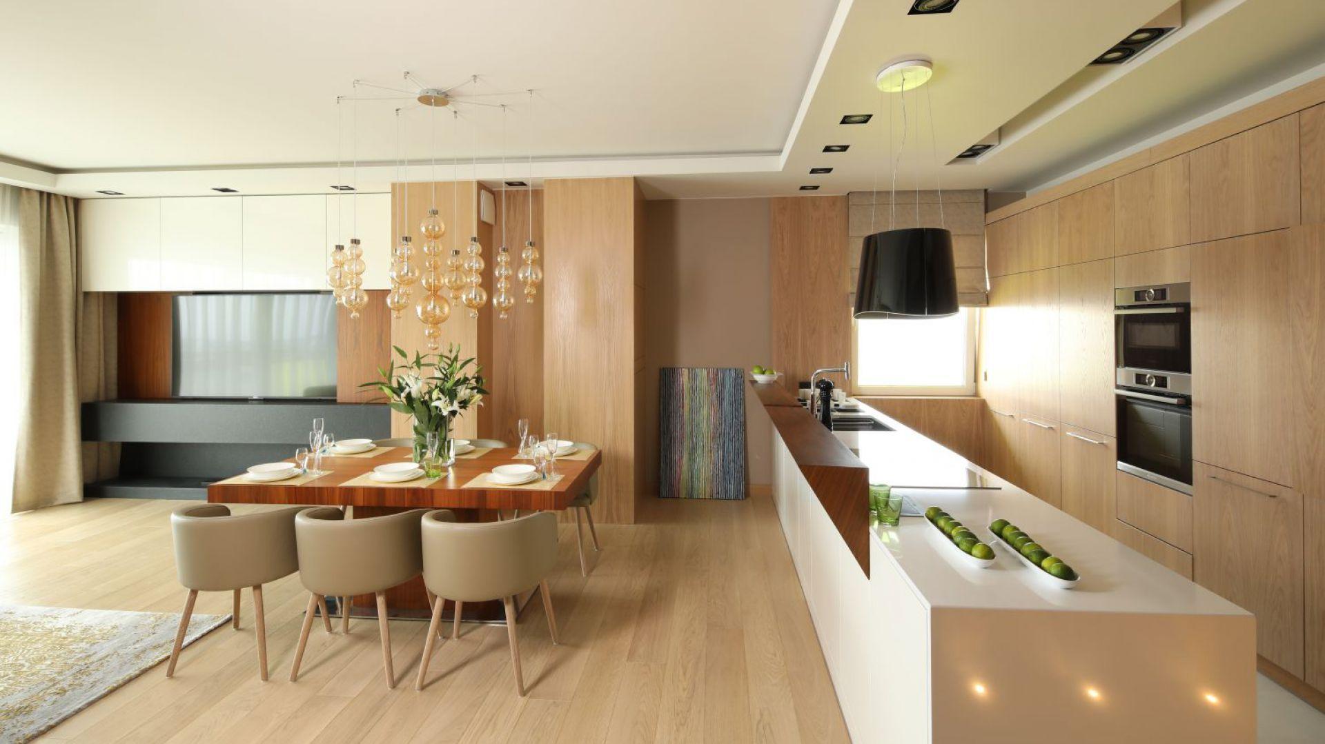 Nowoczesne Mieszkanie Przytulne Wnetrze W Bezach I Brazach Contemporary Kitchen Best Kitchen Designs Kitchen Design Decor