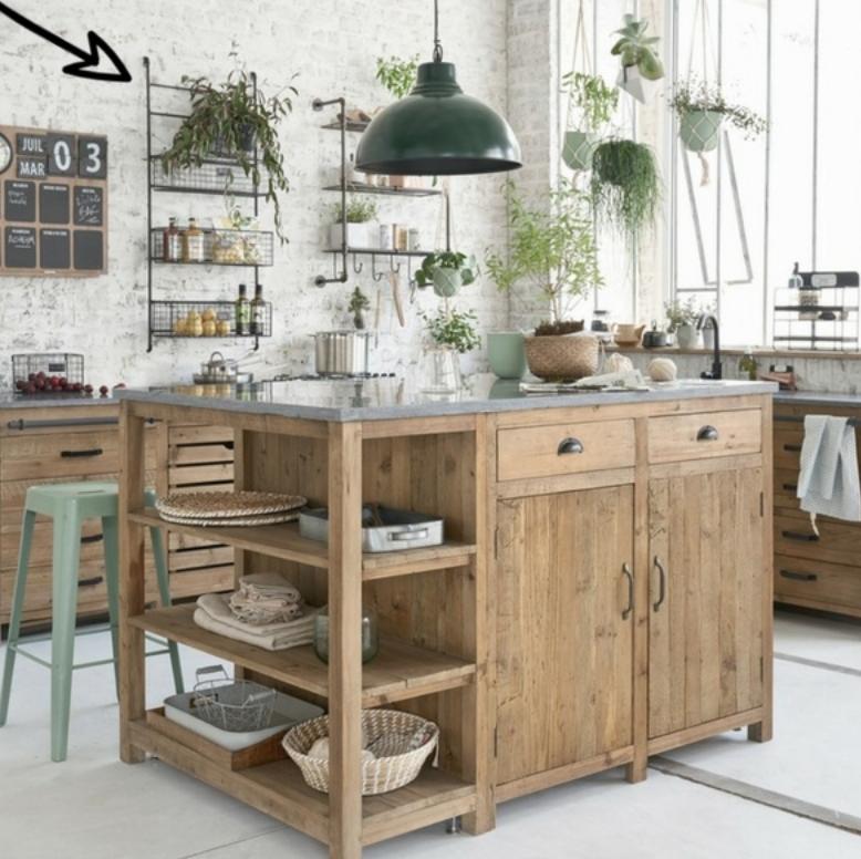 Pin By Kelsey Radwick On Homes Houses Kitchen Interior Pine Kitchen Kitchen Design