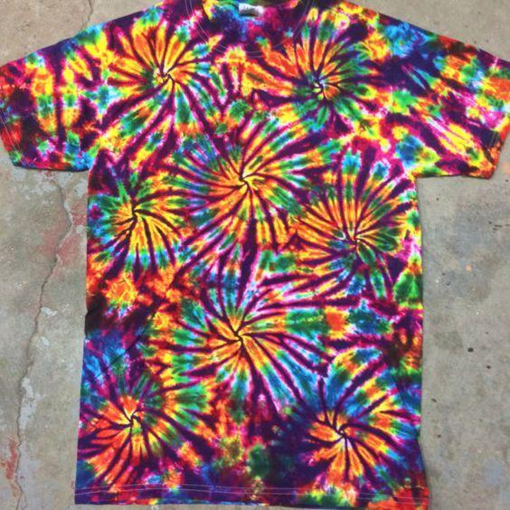 Tie Dye Shirt Fireworks Size Small Tye Tiedye Dyes With