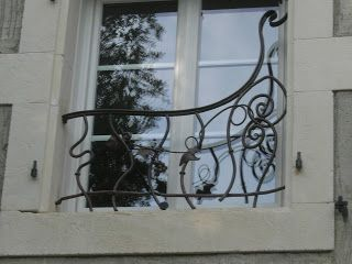 grille de defense fenetre pas cher elegant grilles de. Black Bedroom Furniture Sets. Home Design Ideas
