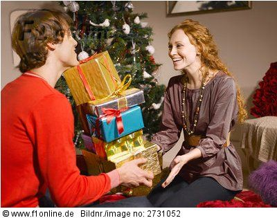 Gift Giving Time www.teelieturner.com #Christmas