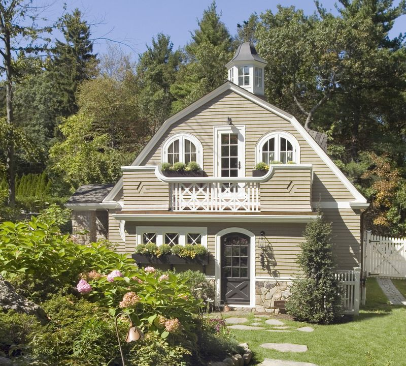 Curb Appeal Another Great Example Of Beautiful Design Rustic Exterior By Oak Hill Architects Guest Cottage Cottage Design Exterior House Remodel