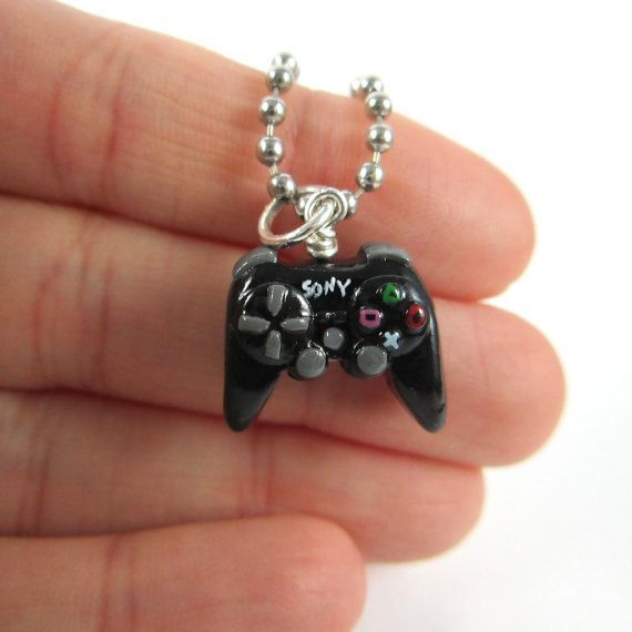 Playstation 3 video game controller necklace