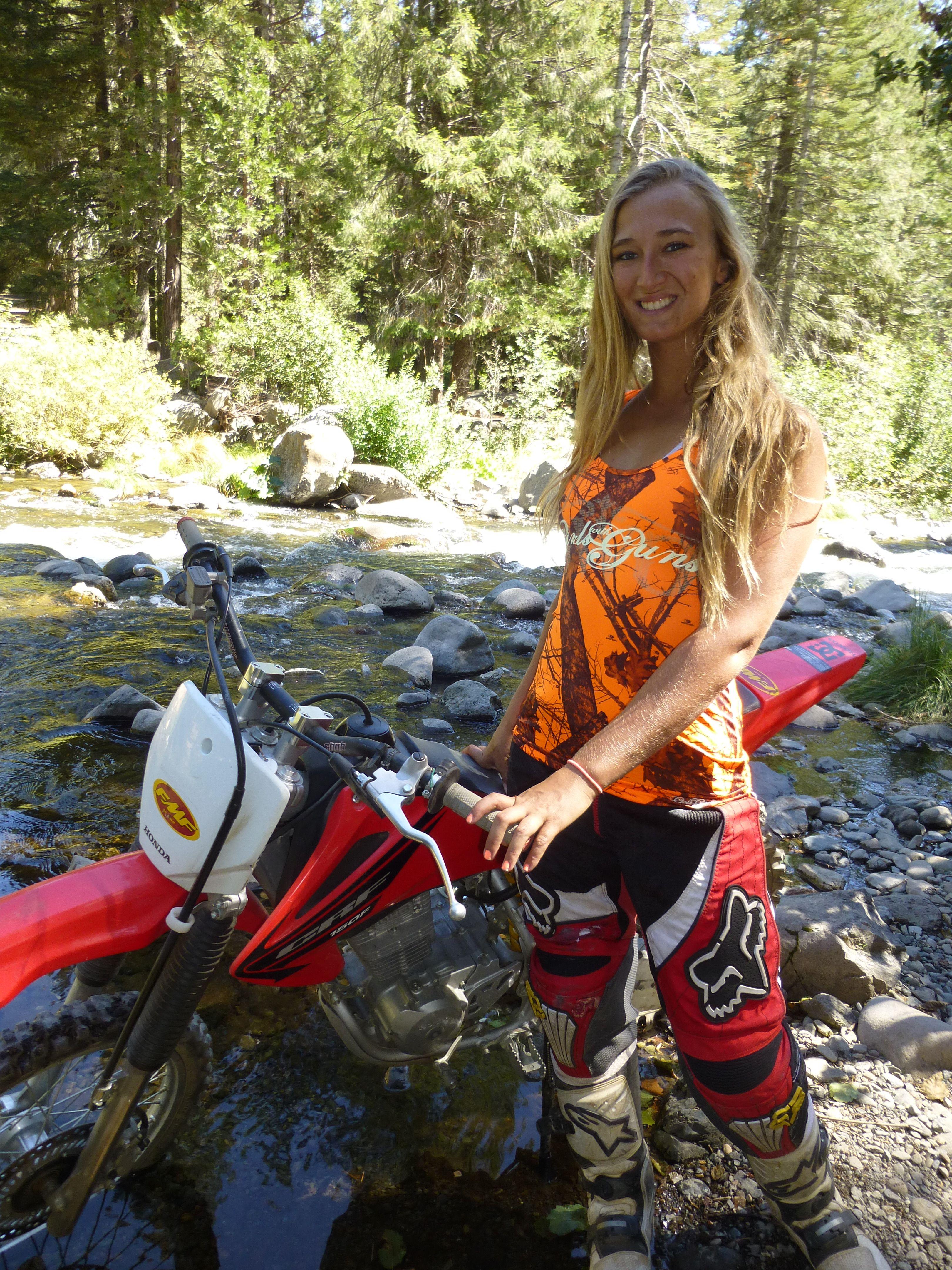 dirt bike girl fucked